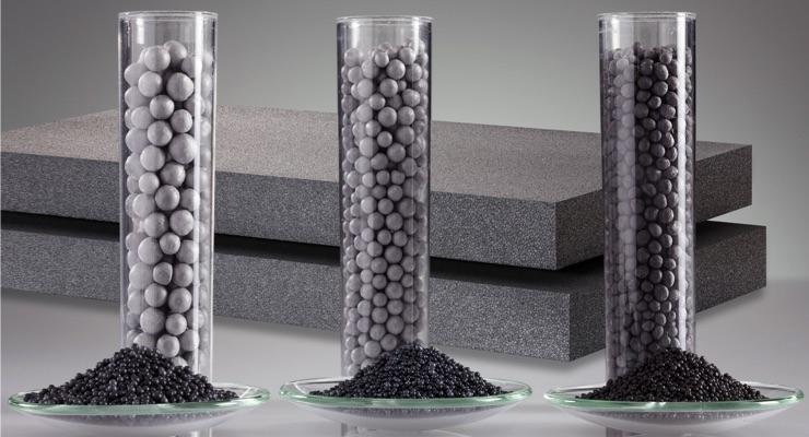 Neopor®-raakainehelmiä ja granulaatteja